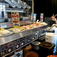 Tapis roulant du sushi-bar