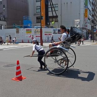 Voiture à bras à Asakusa