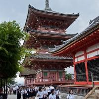 Entrée du temple Kyomizu-dera à Kyoto
