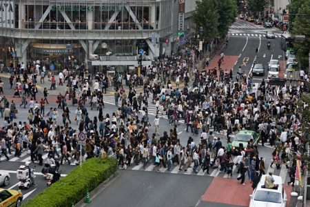Marée humaine au carrefour Shibuya Crossing