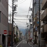 Jungle de câbles électriques à Shizuoka